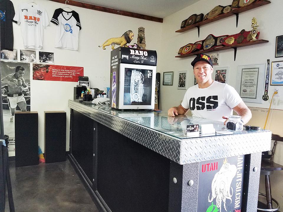 OneHit MMA front desk with coach Aldo Oreggia